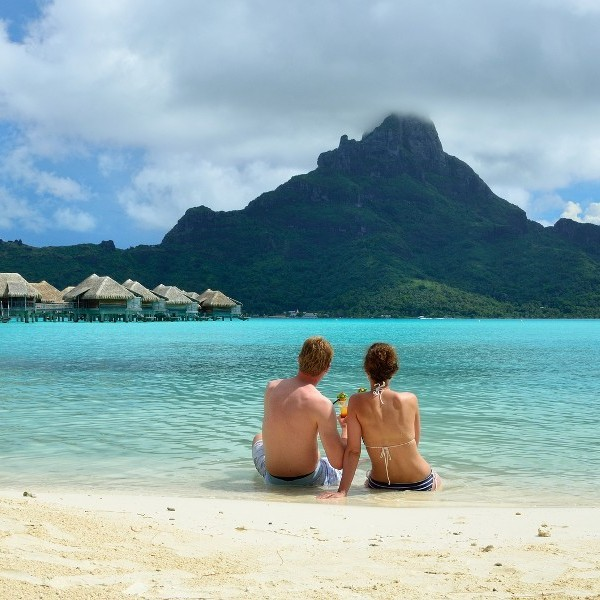 10 Things Every Honeymooner Needs to Know