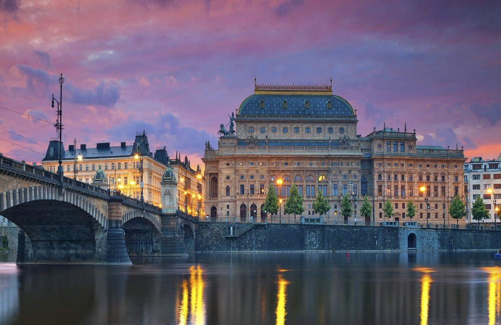 Prague- 4* Alqush Downtown Hotel