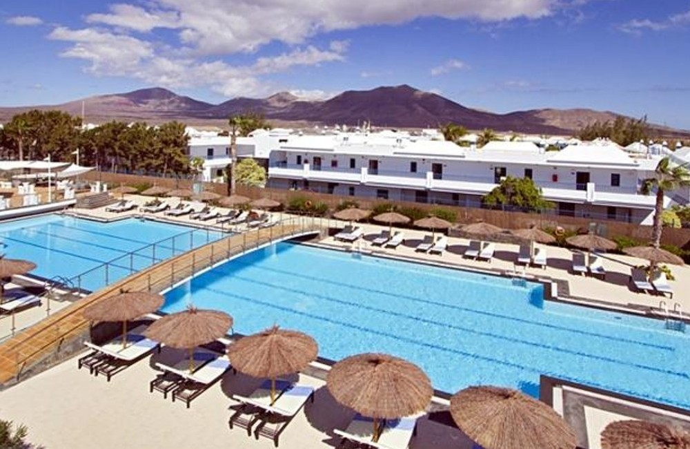 Lanzarote-4* THB Tropical Island Hotel