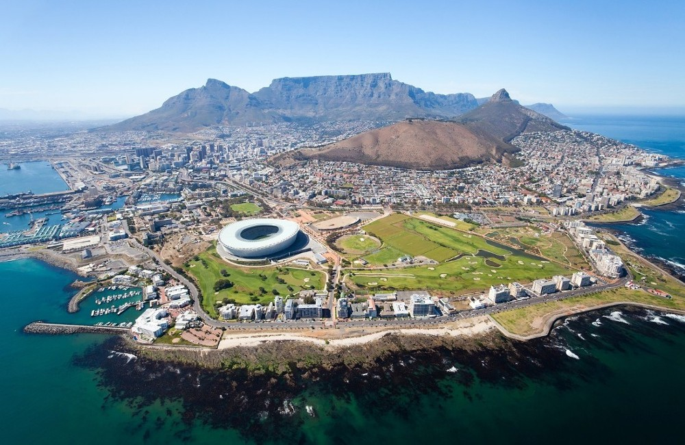 Cape Town, Winelands, Garden Route & Safari