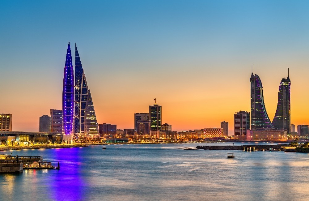 Dubai Stay & Qatar, Bahrain and The UAE Cruise