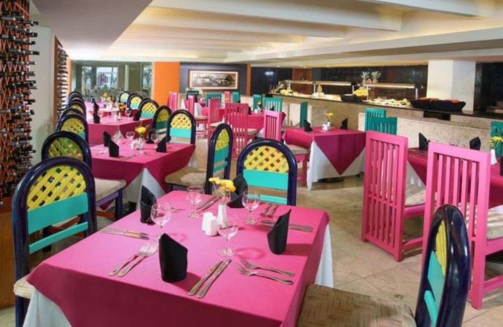Good if you're a springbreaker - Review of Grand Oasis Cancun.