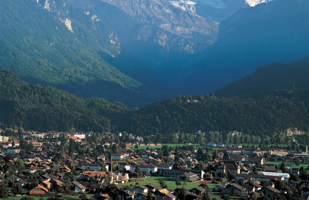 Switzerland by Rail: Panoramic Round Trip